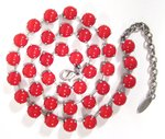 Collier vintage cherry red